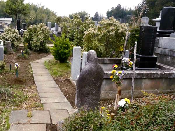 両墓制のおもかげを残す埋め墓